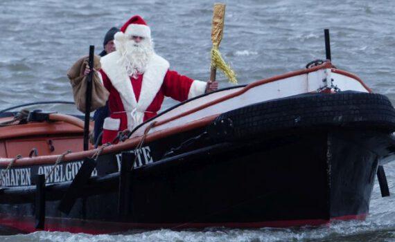 NIKOLAUS an Bord vom Festmacherboot FIETE, 2019